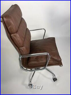 HERMAN MILLER EAMES ALUMINUM GROUP EXECUTIVE LEATHER VINTAGE NEWithOLD STOCK